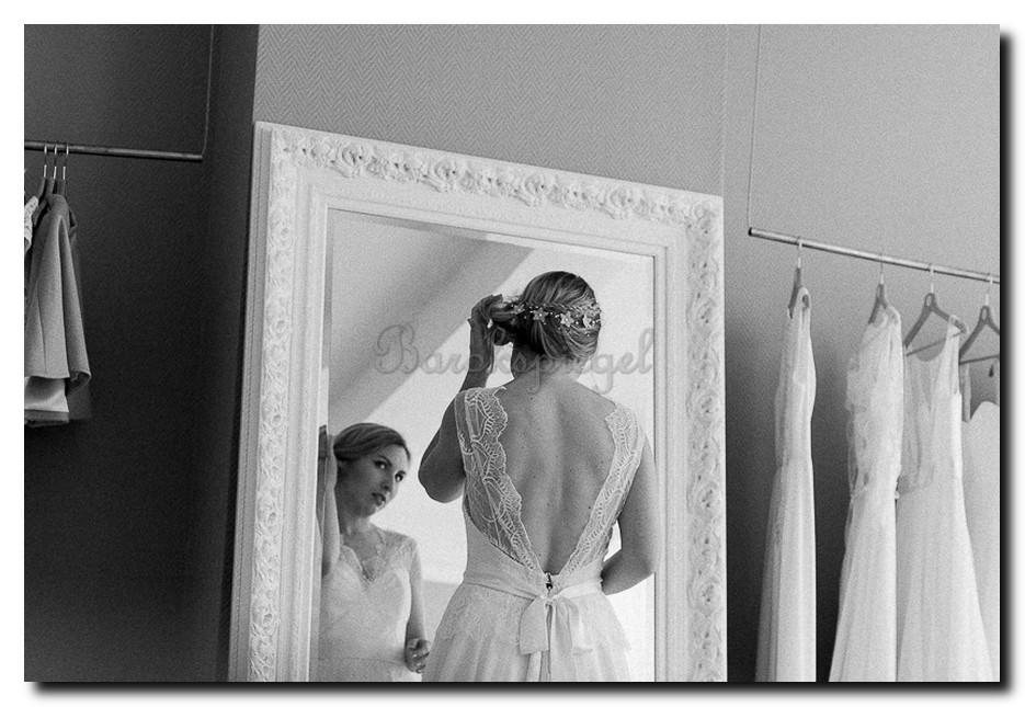 http://foto.barokspiegel.nl/antonio/Detail-mega-grote-witte-barok-spiegel