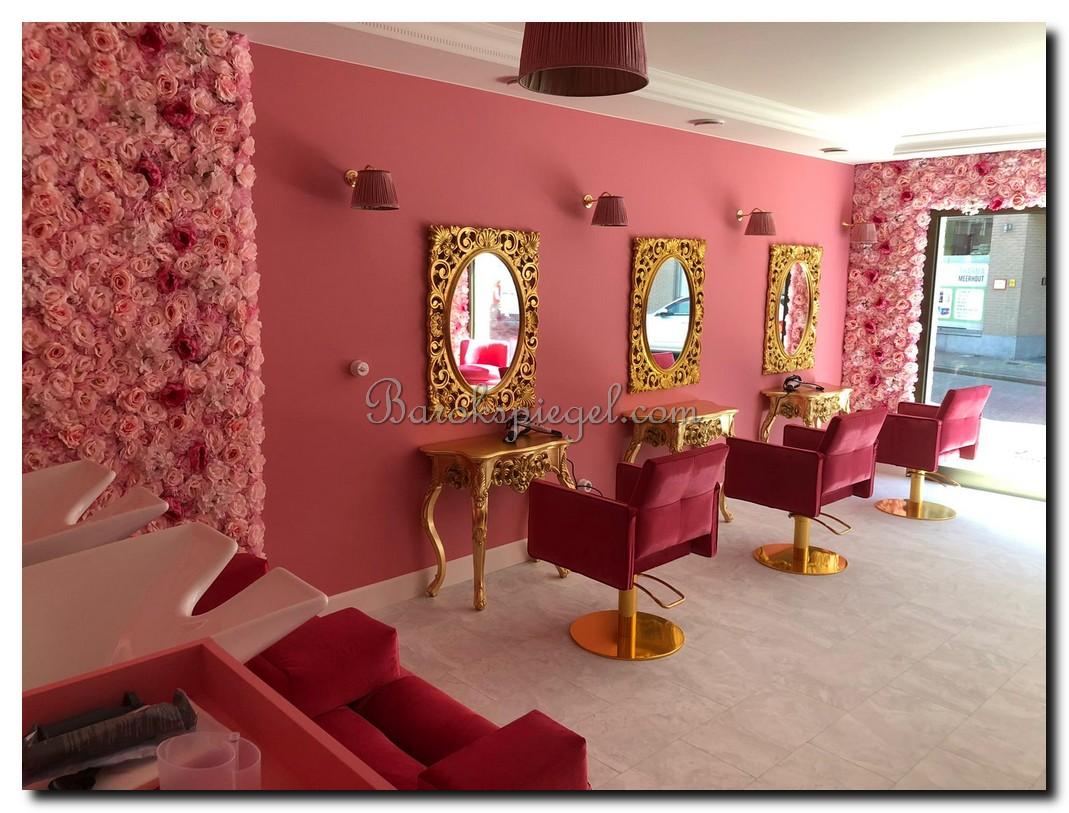 http://foto.barokspiegel.nl/cianna/Gouden-console-side-table-met-gouden-barok-spiegel-in-kapsalon.jpg