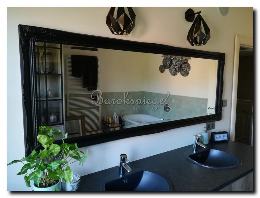 http://foto.barokspiegel.nl/ethan-resized/grote-zwarte-spiegel-barok-in-badkamer-.jpg