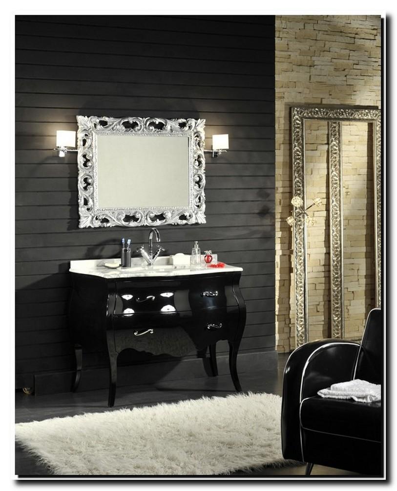 Italiaanse design spiegel in badkamer zilver met opengewerkte lijst