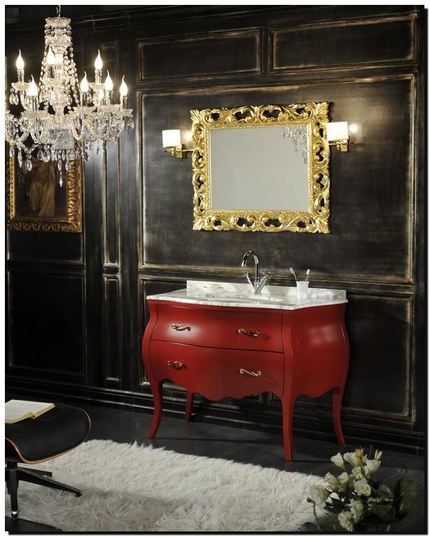 Italiaanse design spiegel in badkamer met open gewerkte rand